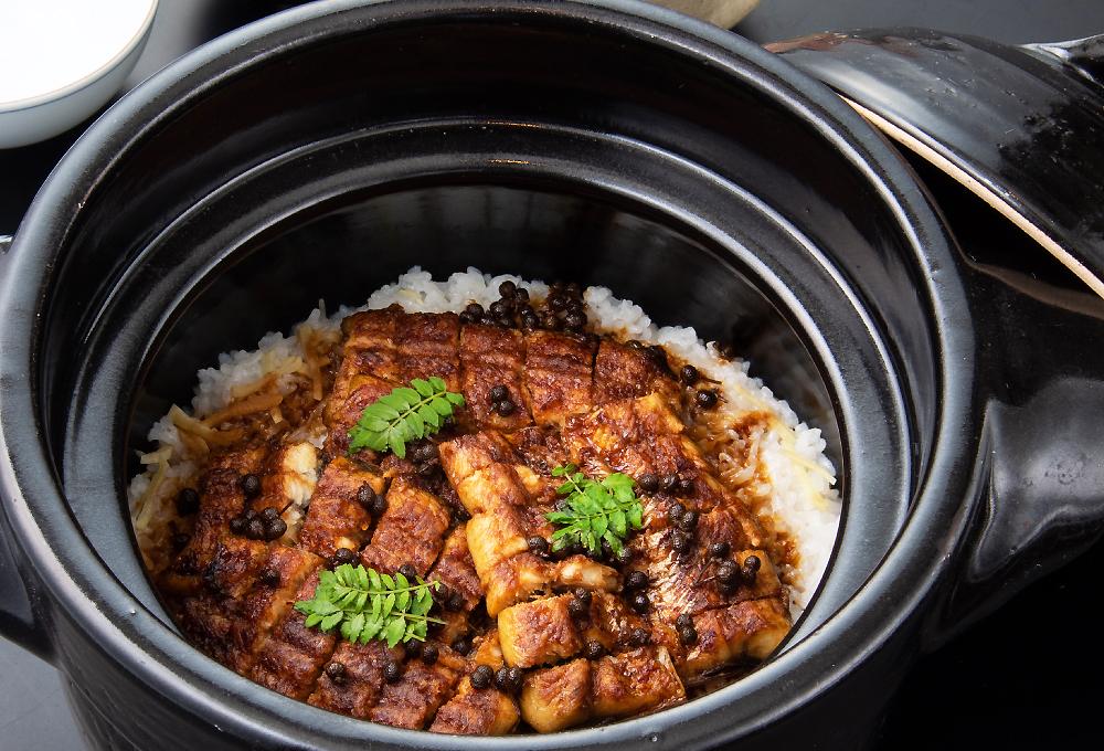 【飯物】国産鰻と京実山椒のご飯